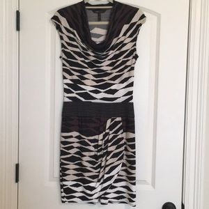 BCBGMaxAzria XS Stretchy Pattern Dress